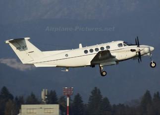 84-0157 - USA - Army Beechcraft C-12F Huron