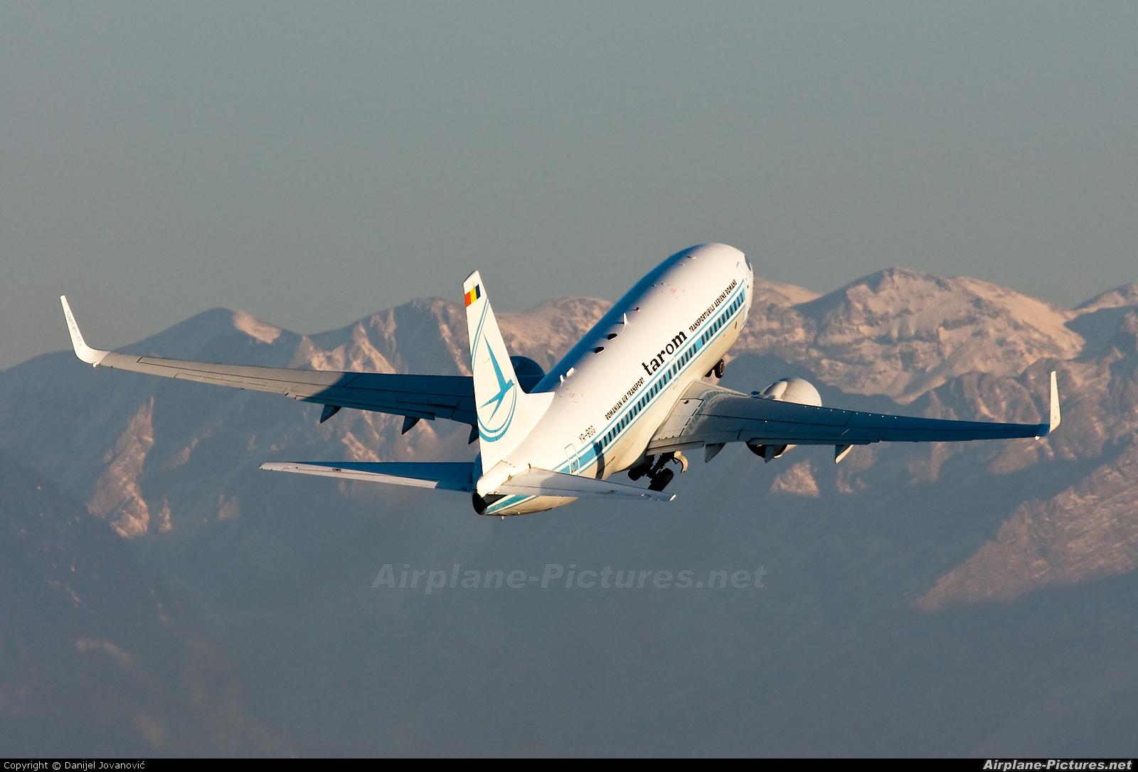 Tarom YR-BGG aircraft at Salzburg