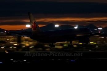 C-GHLV - Air Canada Boeing 767-300ER