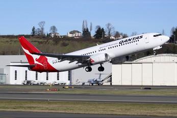 ZK-ZQD - QANTAS Boeing 737-800