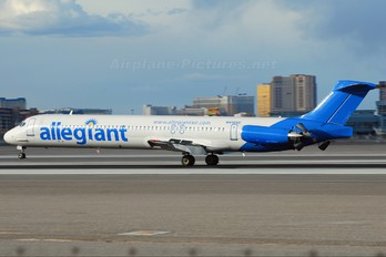 N416NV - Allegiant Air McDonnell Douglas MD-82