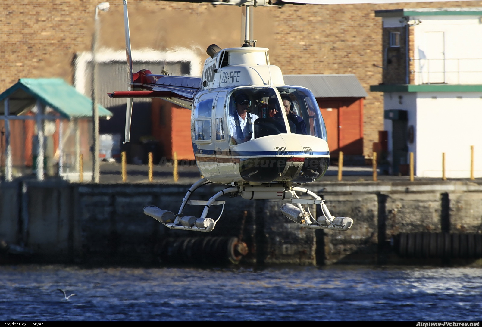 Sport Helicopters ZS-RFE aircraft at V&A Waterfront Heliport