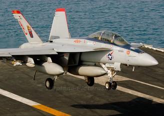 166634 - USA - Navy McDonnell Douglas F/A-18F Super Hornet
