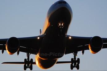 A6-AFA - Etihad Airways Airbus A330-300