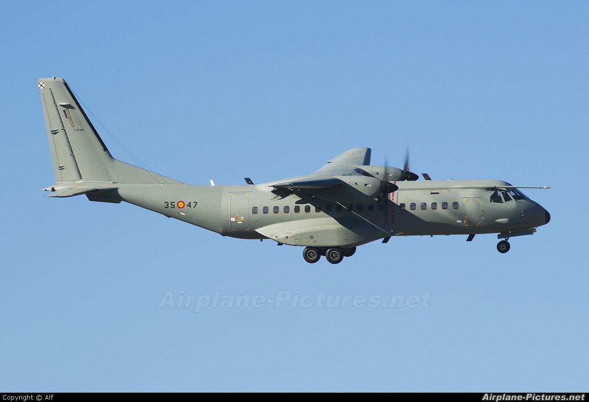 Spain - Air Force T.21-09 aircraft at Madrid - Getafe