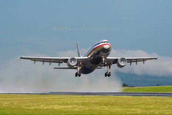 N14068 - American Airlines Airbus A300