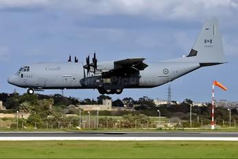 130603 - Canada - Air Force Lockheed CC-130J Hercules