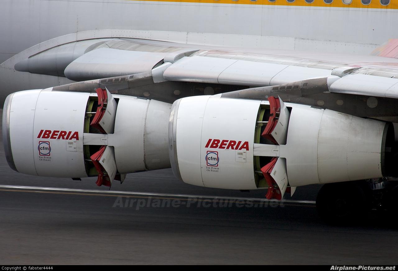 Iberia EC-KSE aircraft at San Jose - Juan Santamaría Intl