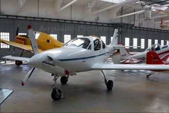 D-EJKB - Private Lancair IV B