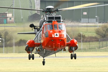 XV670 - Royal Navy Westland Sea King HU.5