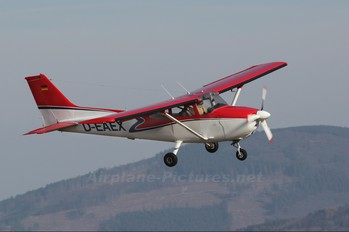 D-EAEX - Private Cessna 172 Skyhawk (all models except RG)