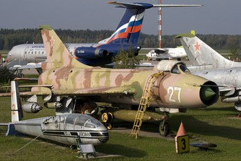 27 - Russia - Air Force Sukhoi Su-7BKL