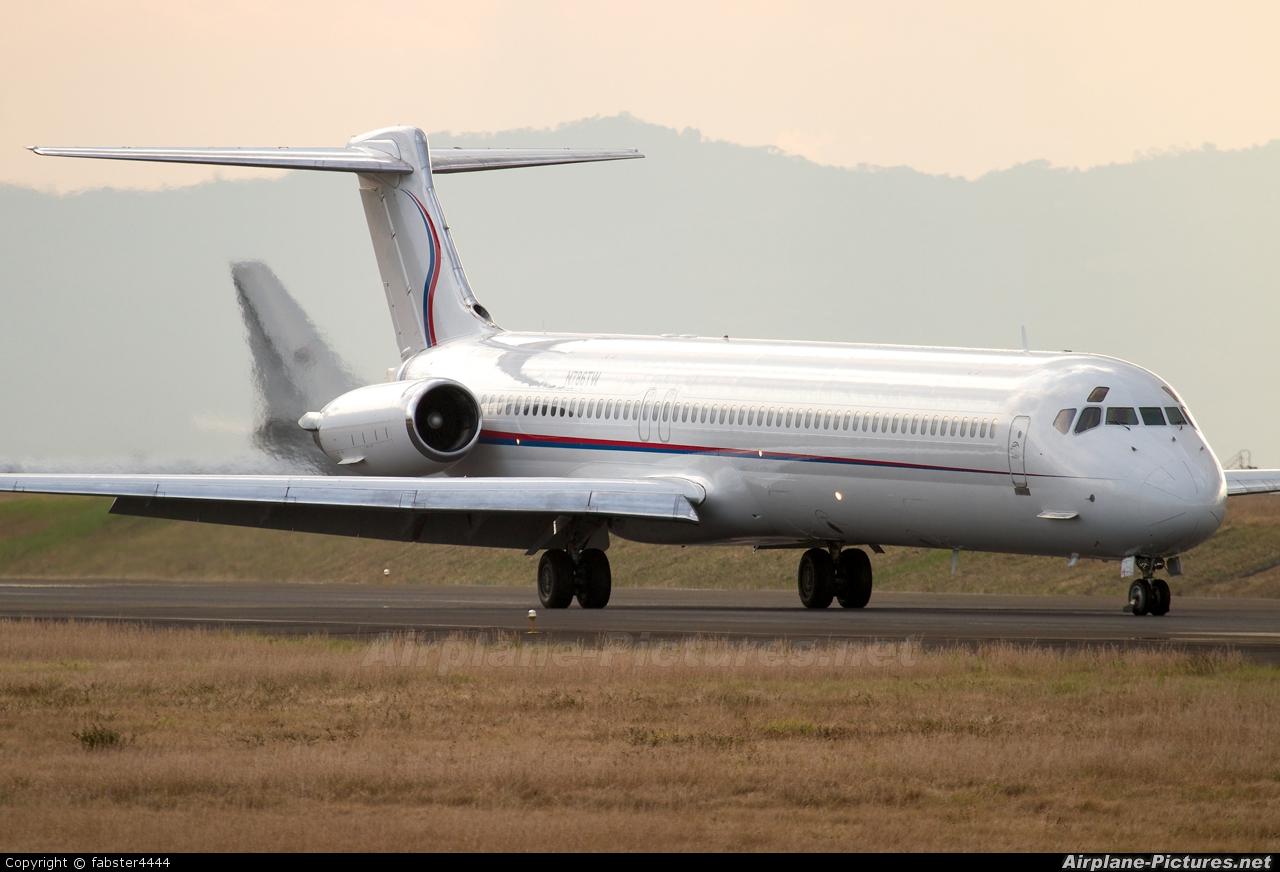 N786TW  Ameristar McDonnell Douglas MD83 At San Jose