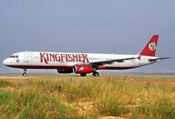 VT-KFS - Kingfisher Airlines Airbus A321
