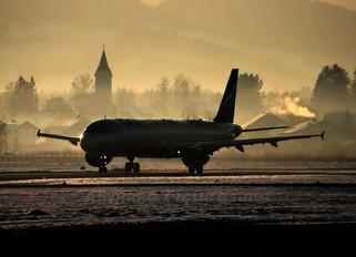 VQ-BHK - Aeroflot Airbus A321