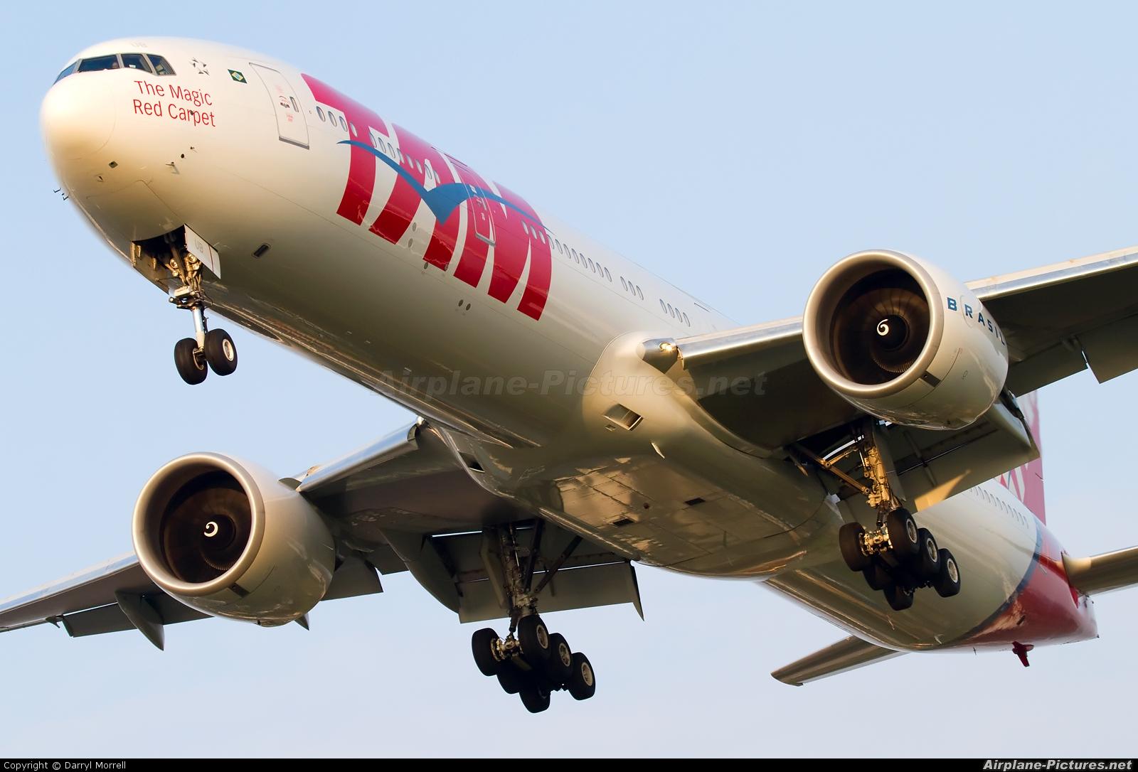 TAM PT-MUB aircraft at London - Heathrow