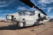 165286 - USA - Marine Corps Bell AH-1W Super Cobra aircraft