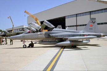 69-4009 - Turkey - Air Force Northrop NF-5B Freedom Fighter