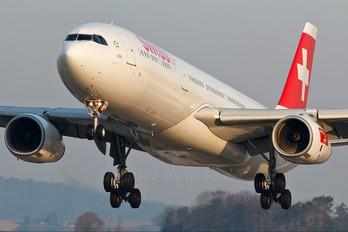 HB-JHB - Swiss Airbus A330-300