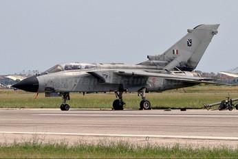 CSX7041 - Italy - Air Force Panavia Tornado - IDS