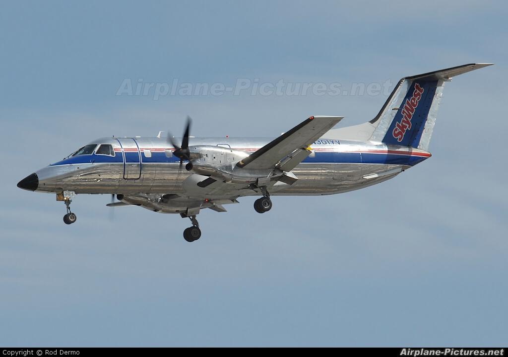 n301yv skywest airlines embraer emb120 brasilia at palm