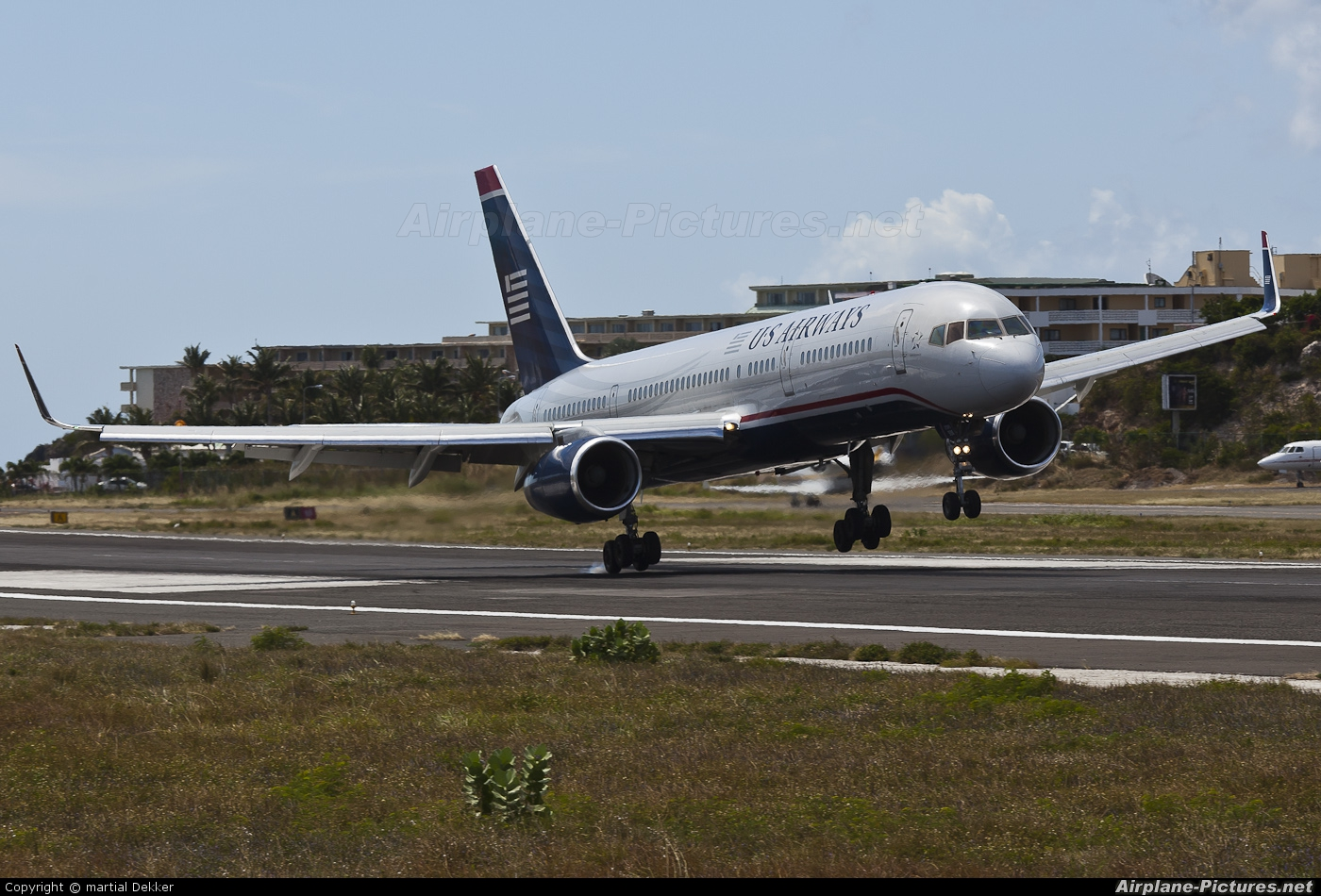US Airways N200UU aircraft at Sint Maarten - Princess Juliana Intl