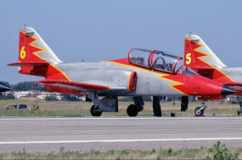 E.25-26 - Spain - Air Force : Patrulla Aguila Casa C-101EB Aviojet