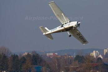 D-EOYS - Private Cessna 172 Skyhawk (all models except RG)