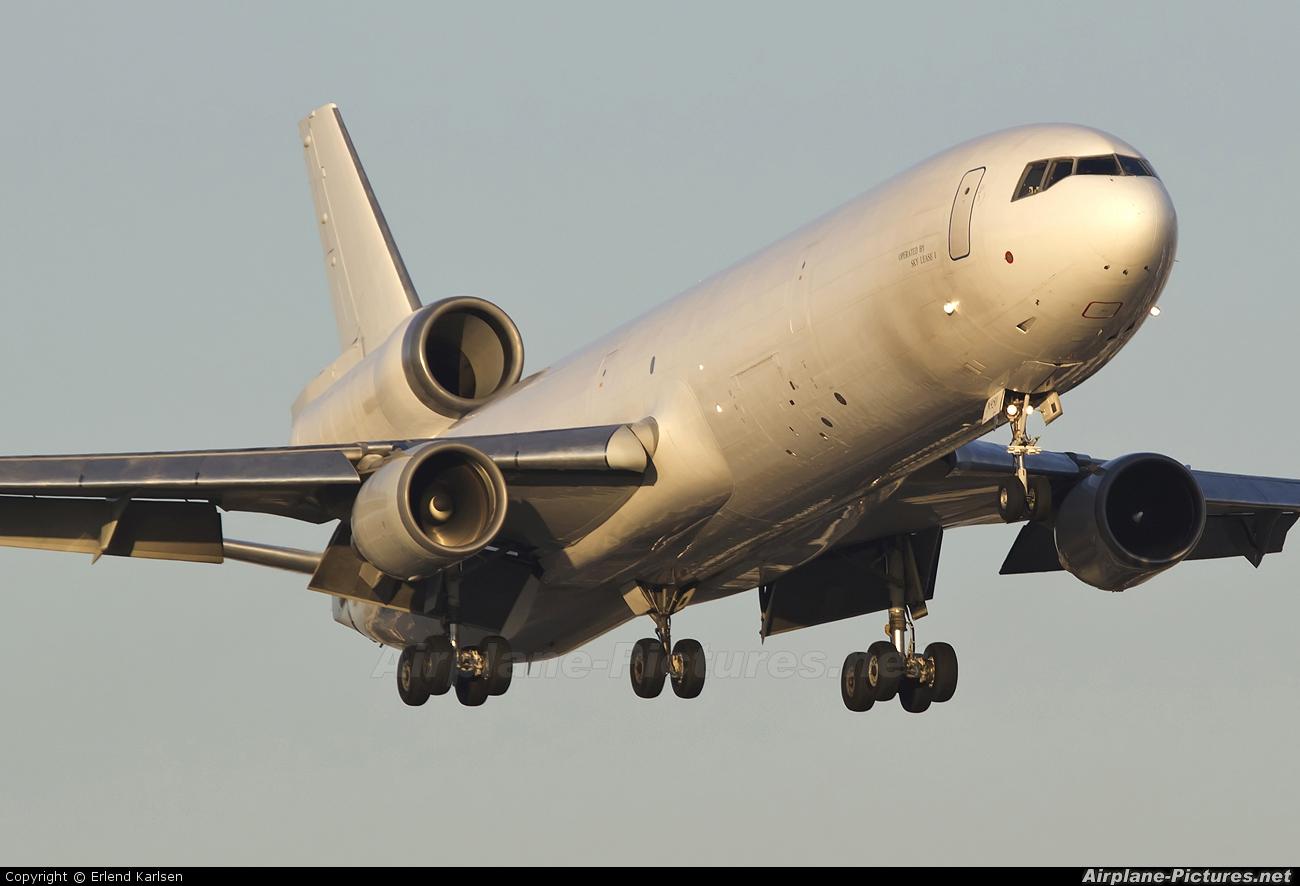 Skylease Cargo N951AR aircraft at Miami Intl
