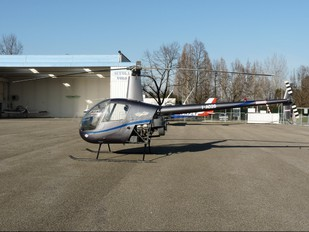 I-AO26 - Private Robinson R22