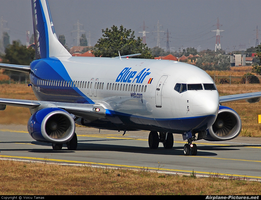 Blue Air YR-BIB aircraft at Arad