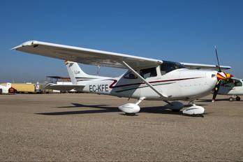 EC-KFE - Private Cessna 182 Skylane (all models except RG)