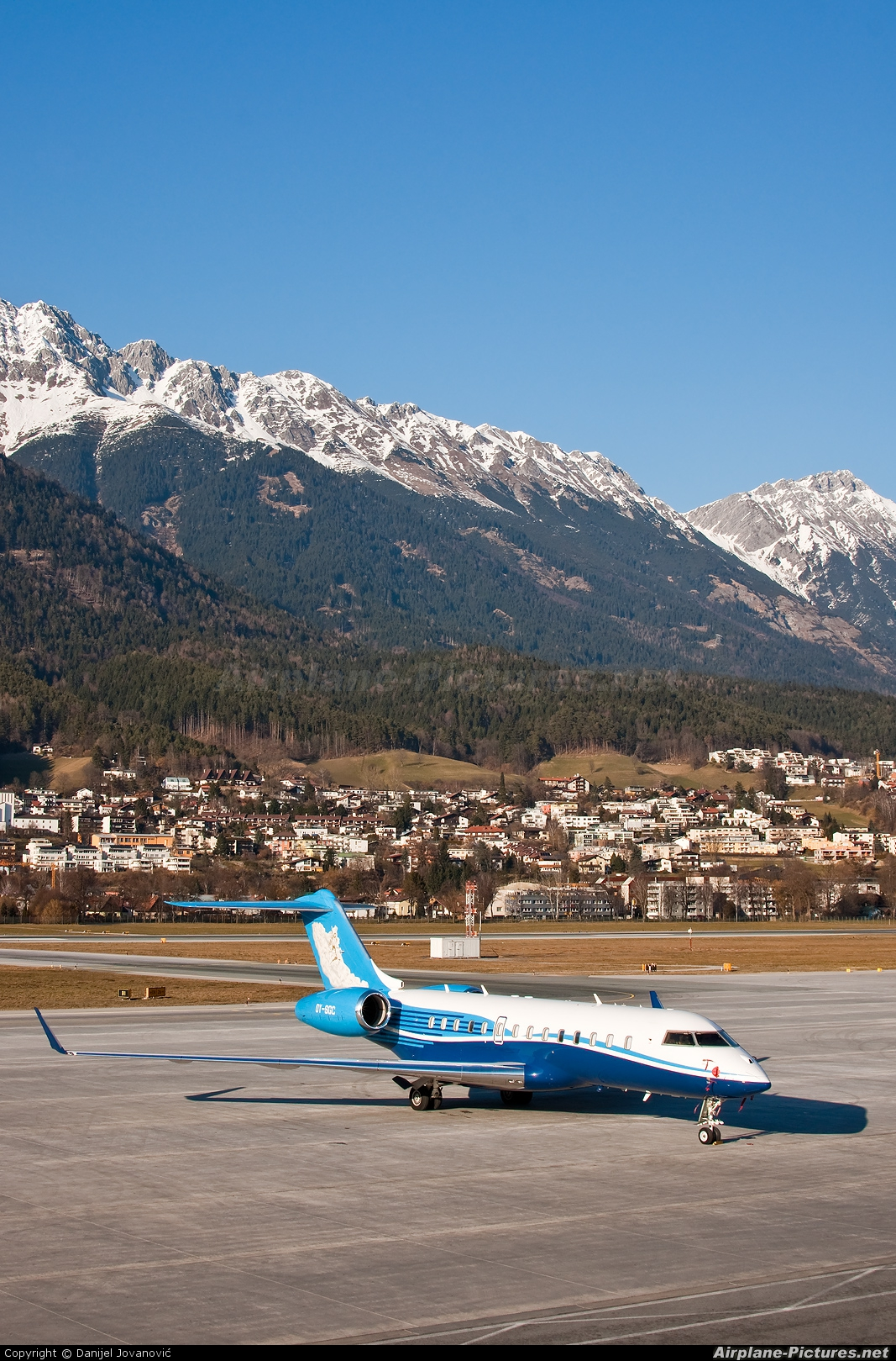 Execujet Europa AS OY-SGC aircraft at Innsbruck