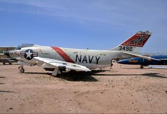 143492 - USA - Navy McDonnell F- 3 Demon