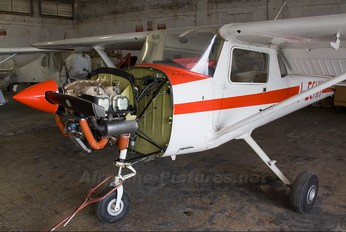 I-ECHH - Private Cessna 150