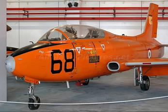 MM54389 - Italy - Air Force Aermacchi MB-326E