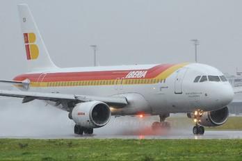 EC-IEI - Iberia Airbus A320