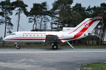 047 - Poland - Air Force Yakovlev Yak-40