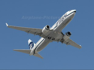 N551AS - Alaska Airlines Boeing 737-800