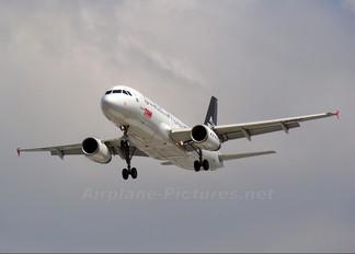 PR-MBO - TAM Airbus A320