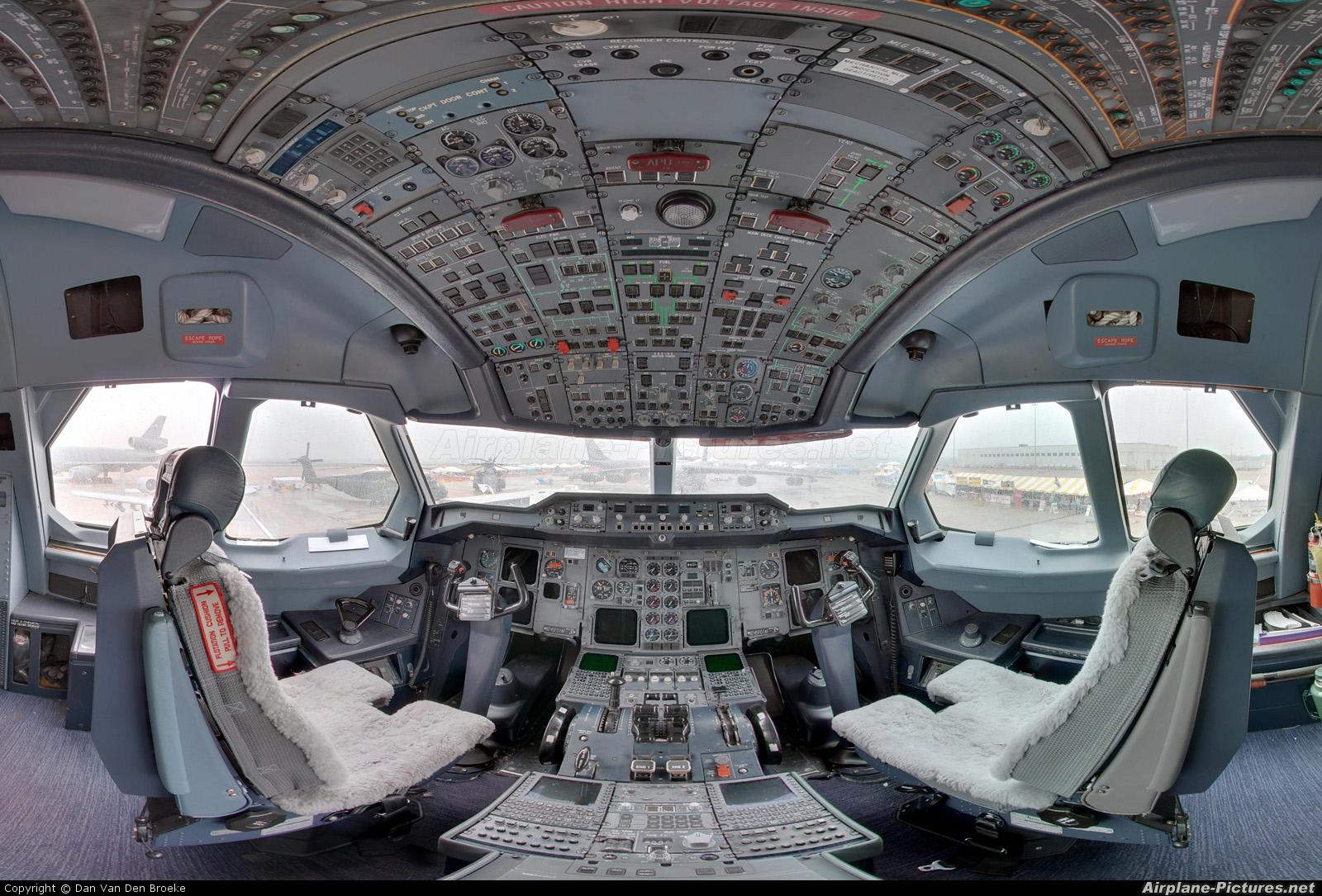 FedEx Federal Express N745FD aircraft at Chicago - Rockford Intl