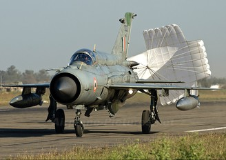 CU2212 - India - Air Force Mikoyan-Gurevich MiG-21bisUPG Bison