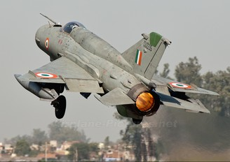 CU2235 - India - Air Force Mikoyan-Gurevich MiG-21bisUPG Bison