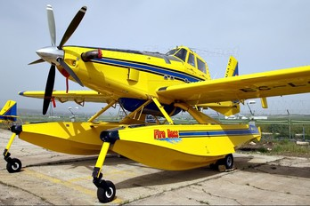 EC-LGE - Aviavilsa Air Tractor AT-802