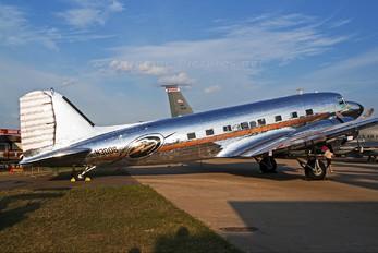N3006 - Private Douglas DC-3