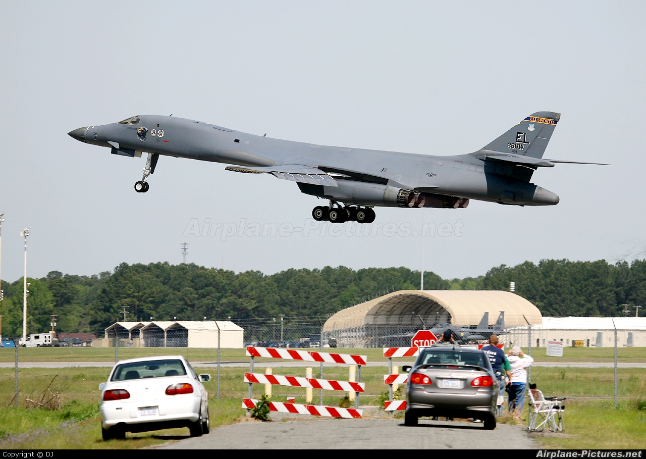 USA - Air Force 86-0139 aircraft at Goldsboro - Seymour Johnson AFB