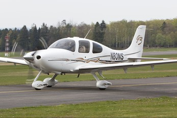 N80NS - Private Cirrus SR22