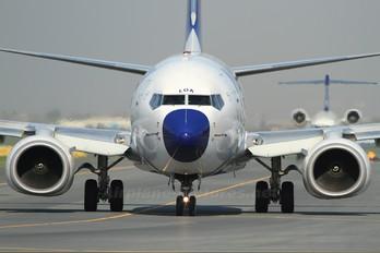 HA-LOA - Malev Boeing 737-700