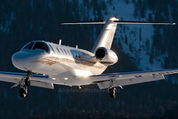 M-ASRY - Private Cessna 525B Citation CJ3