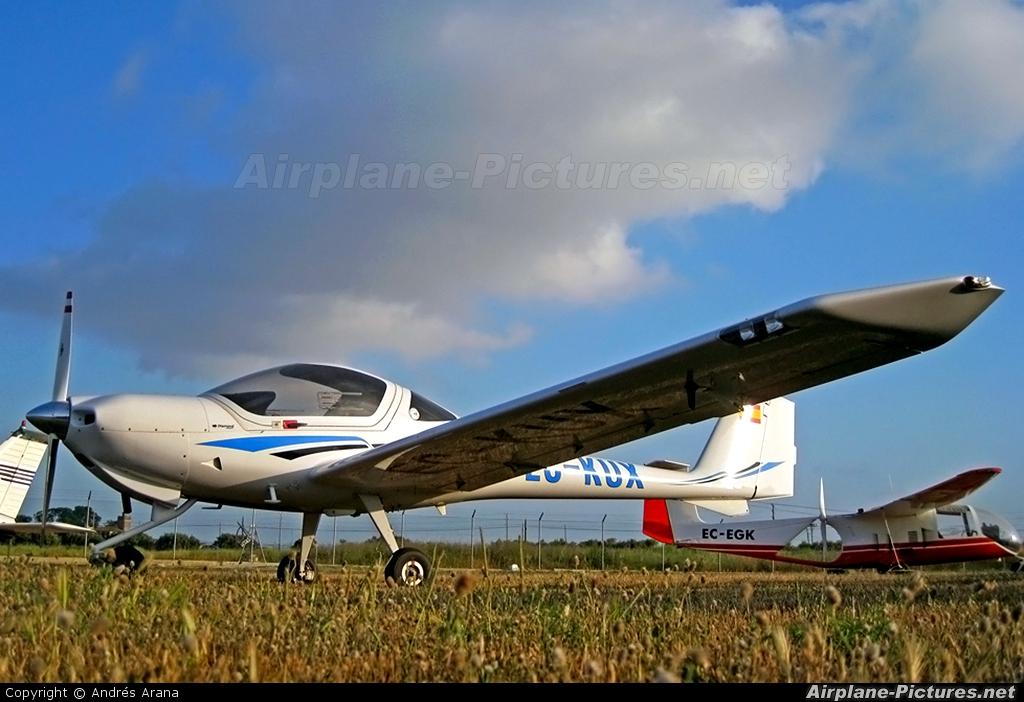 Private EC-KUX aircraft at Reus